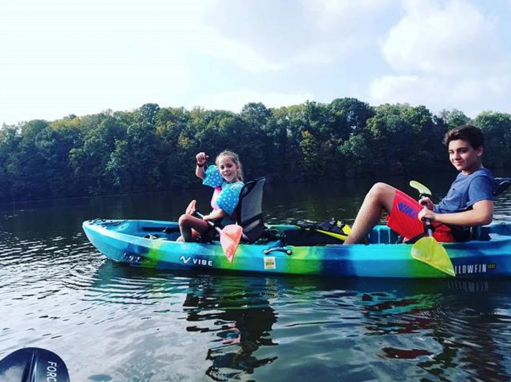 Kids Kayaking in Pennsylvania, Kids Kayak Tours, Cool things to do in Philly