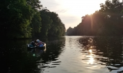 Kayak Tours on the Schuylkill River during Top Water Trips Kayak Tour & On-River Island Dining